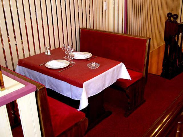 Salle de restaurants et de musées
